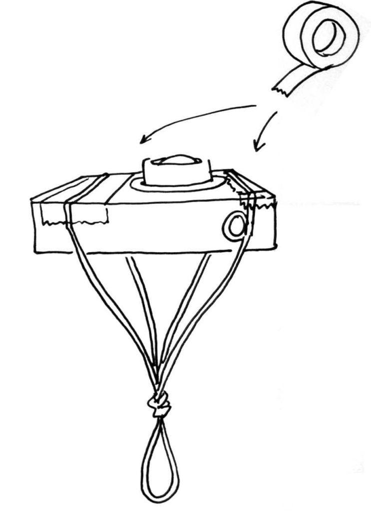 Asegura la cuerda o goma con cinta adesiva
